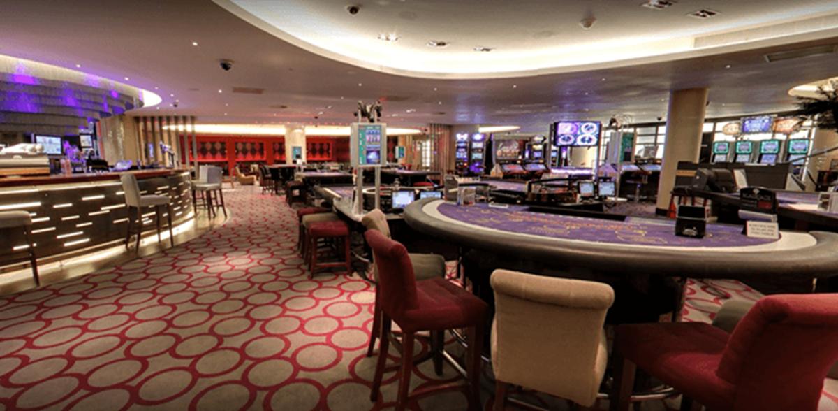 Казино концерт-холл ресторан фридом биткоин казино